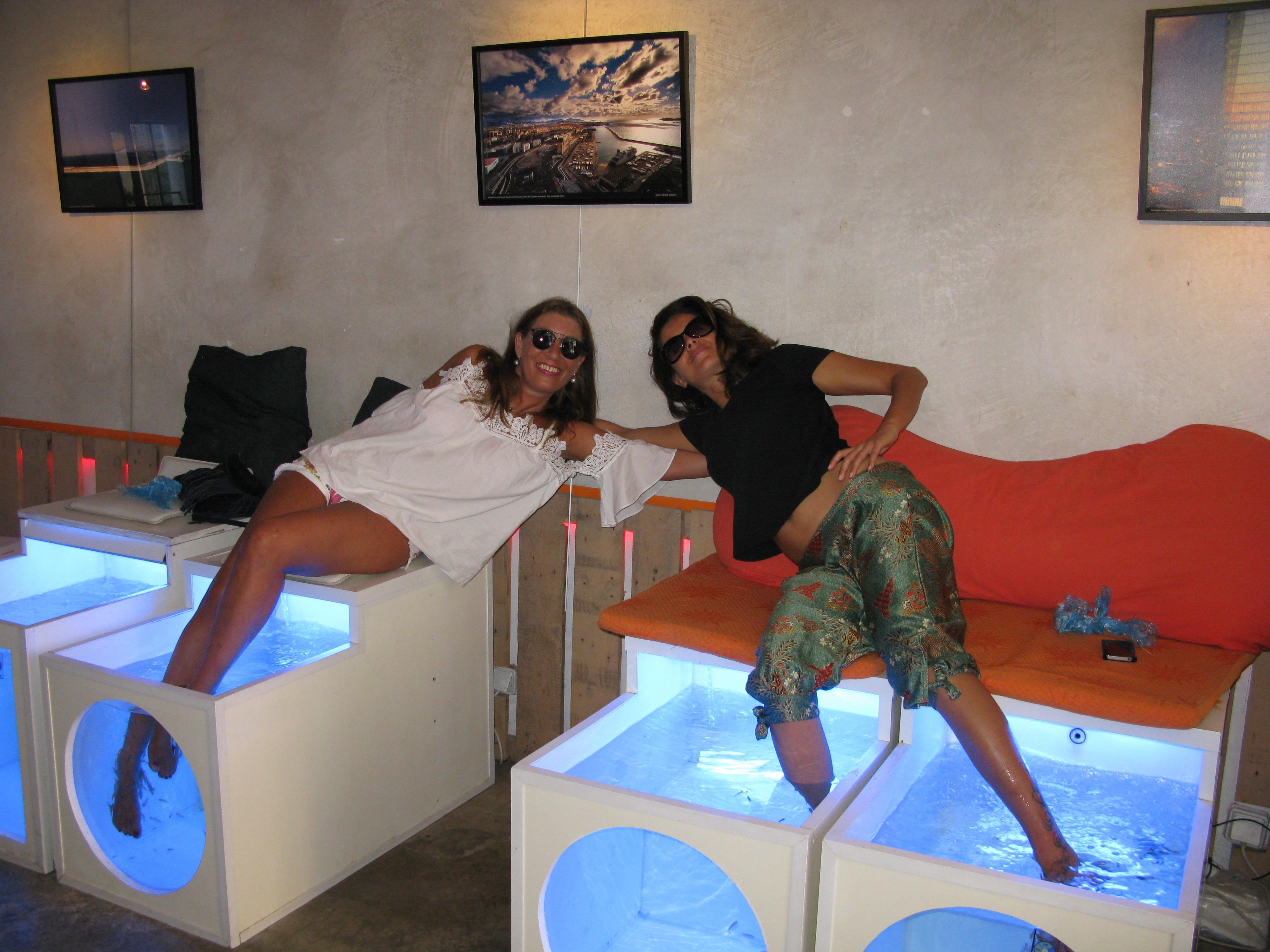 la boutique cosy moment fish spa moment fish spa. Black Bedroom Furniture Sets. Home Design Ideas